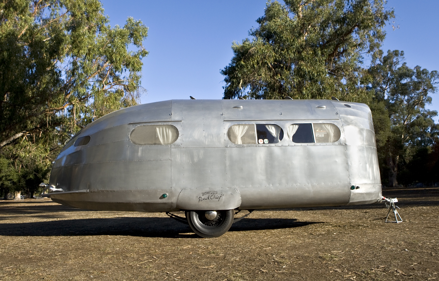 Posted in retro vintage tagged classic cars teardrop caravan vintage - 1935 Bowlus Trailer