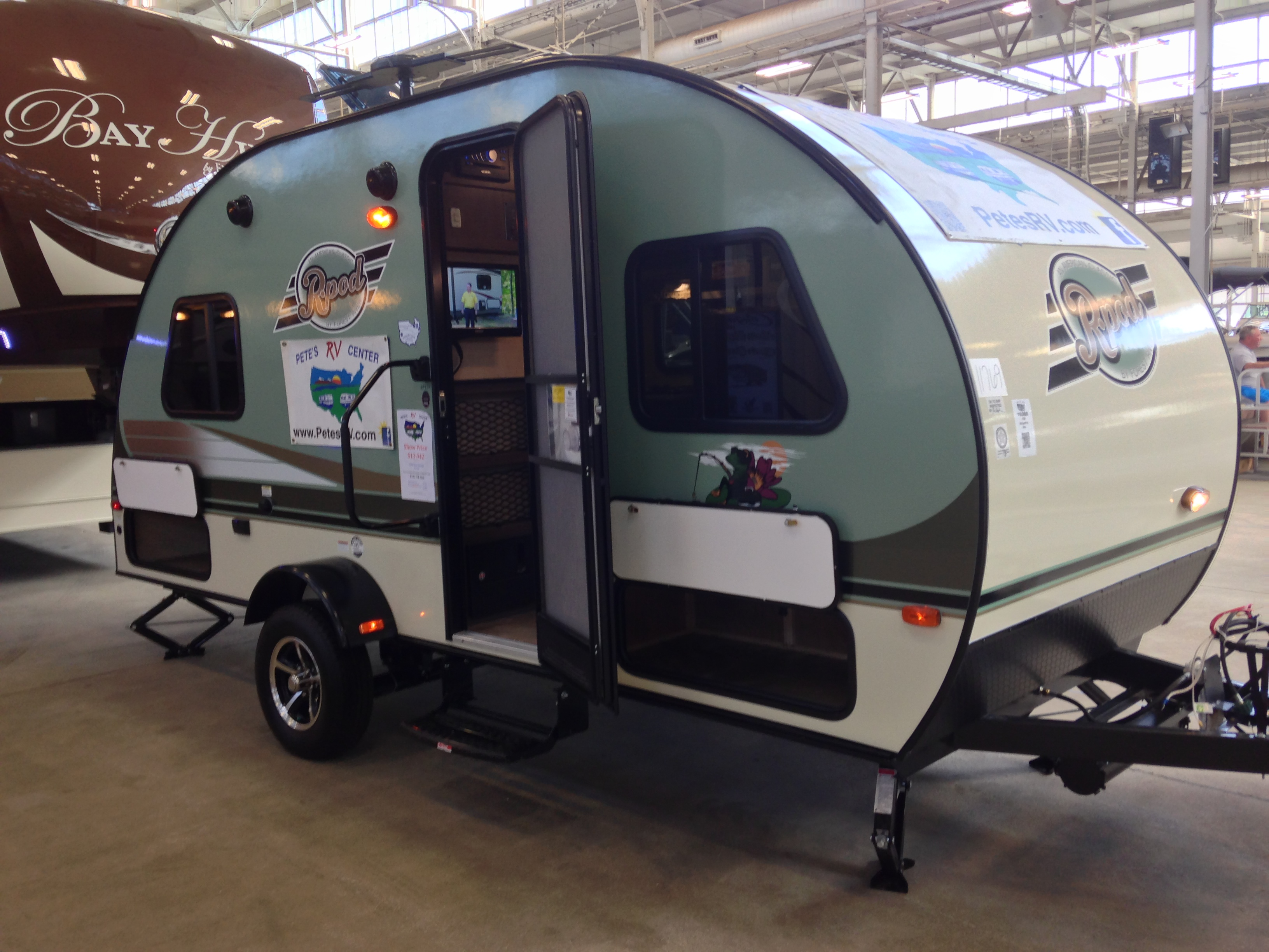 Campers Under 1500 Lbs >> September   2014   The Small Trailer Enthusiast